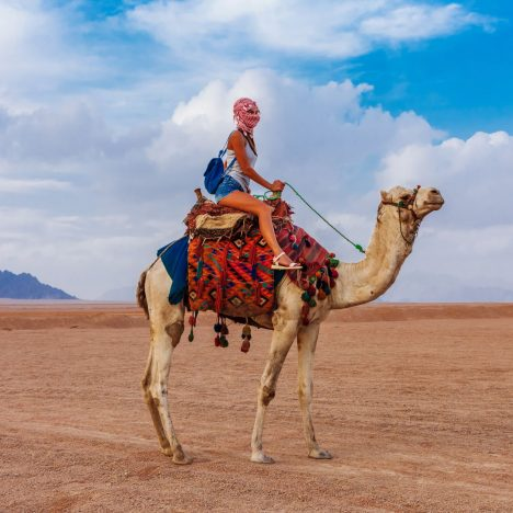 The Ultimate Women's Packing List for Travel to Egypt