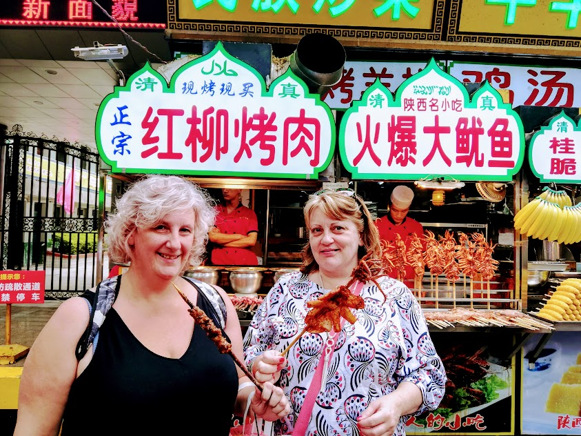 What to do in Old Xian City - visiting the Muslim Quarter. Grey Globetrotters