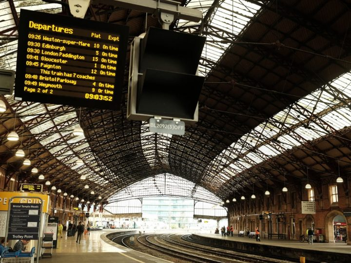 Train Travel in the UK 101 – Discover Exactly How to Book & Use British Trains