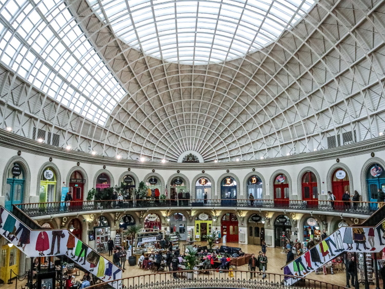This Leeds itinerary blog shows you how to spend a perfect 1, 2 or 3 days in Leeds, West Yorkshire's beating heart