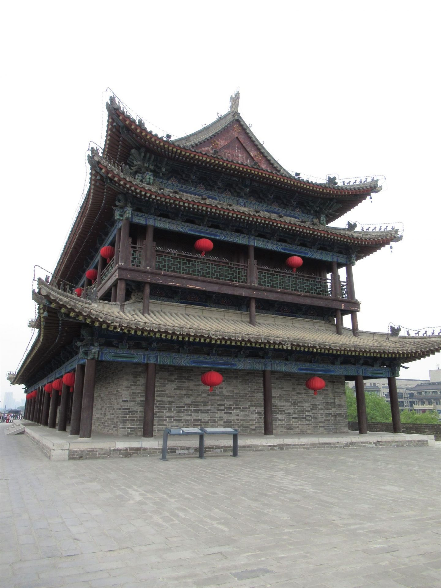Gate house on the Old City Wall Xian min