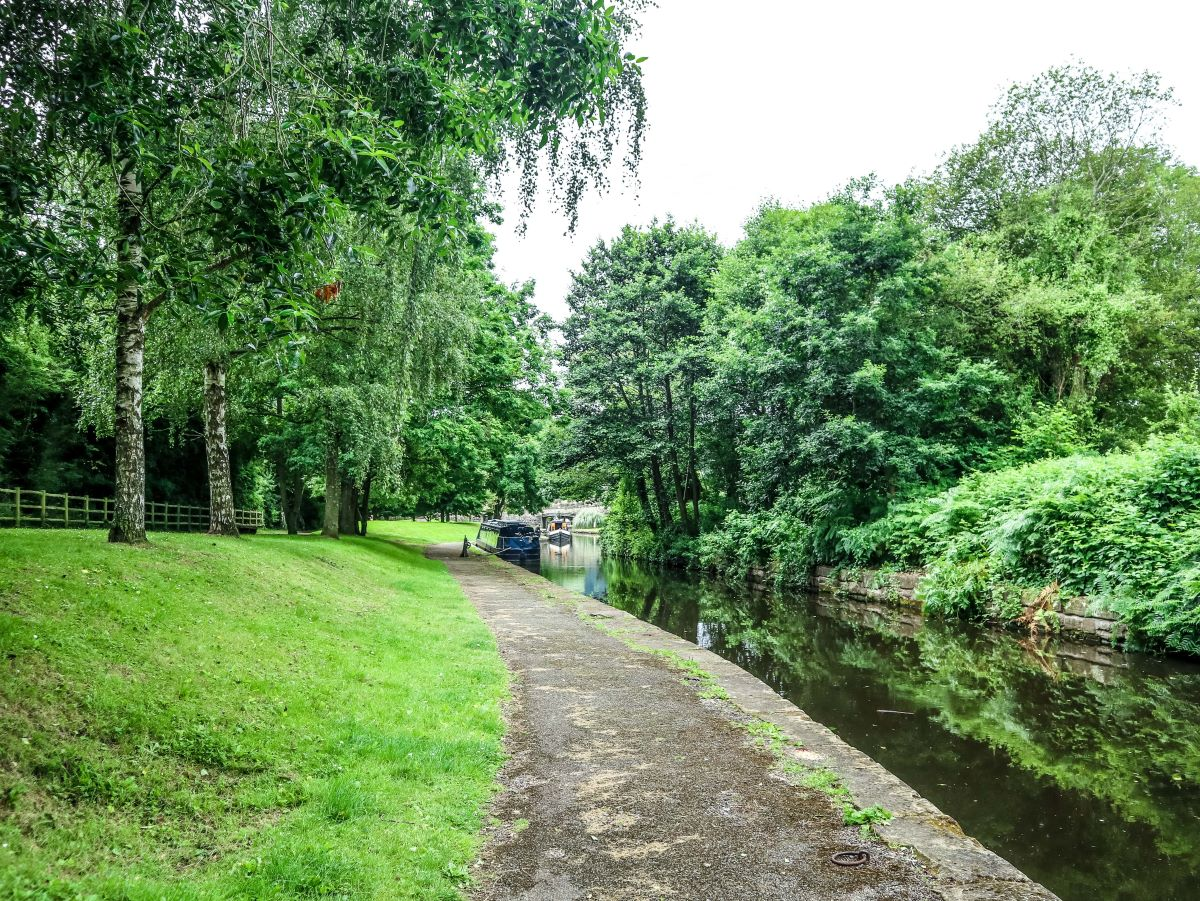 The Llangollen Canal, en route to the Pontcysyllte Aqueduct, with two narrowboats in the distance